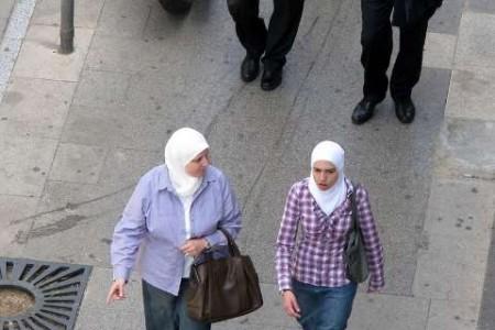 حجاب-در-لبنان-روسری-سفید