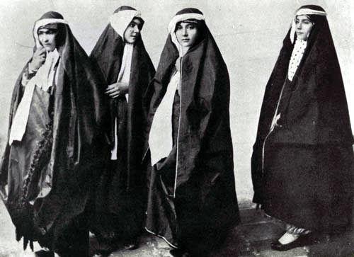 چادر-مشکی-در-ایران