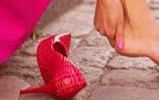 داستانک کفش قرمز